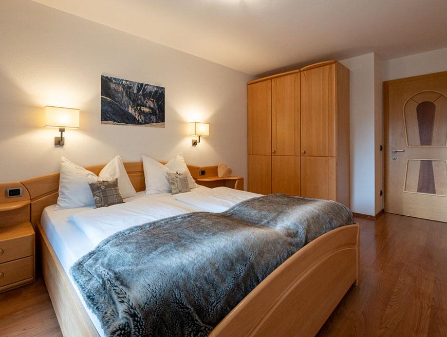 Zwei zimmer apartments f r 2 5 personen - Doppeltur wohnzimmer ...